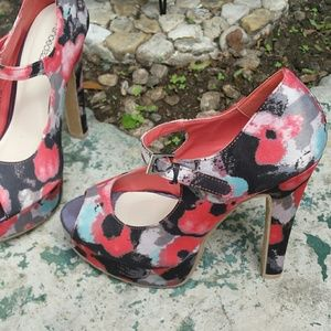 shoedazzle Shoes - Spring Floral High Heels 8.5