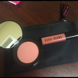 Bobbi Brown Other - Bobbi brown lip gloss and bronzer with pouch