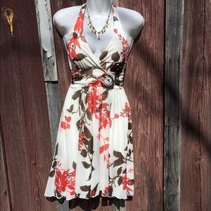 Xtraordinary Dresses & Skirts - Xtraordinary floral dress!
