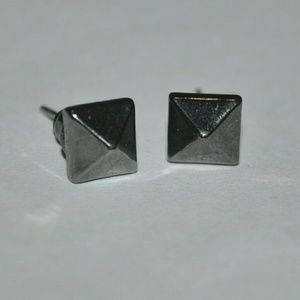 Gunmetal Pyramid Stud Earrings