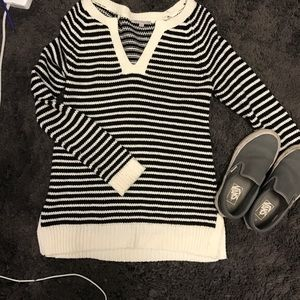 NEW Gap Black and white striped sweater