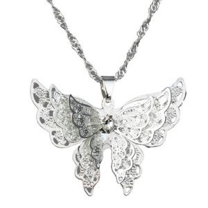 D40 3D Silver Filigree Cut Out Butterfly Necklace