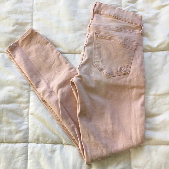 Express Jeans - SALE 🎉 Express Pale Pink Distressed Skinny Jean