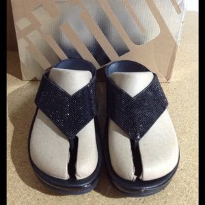 Fitflop Crystall Toe Thong Sandal