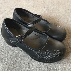 "Dansko Shoes - Dansko ""Savanna"" Mary Jane's; Size 37 (US 7)"
