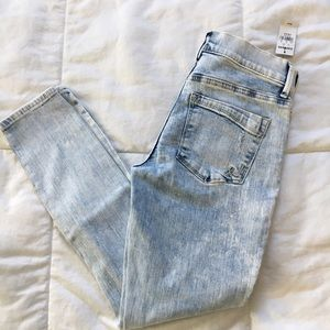 SALE❗️Express Acid Wash Distressed Skinny Jean