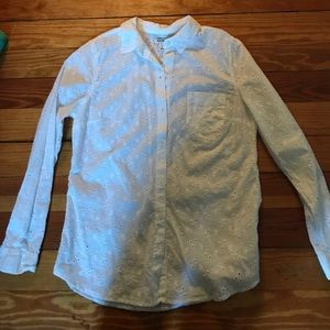 Hollister Tops - White eyelet collared button down shirt