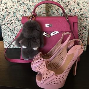 Italy 🇮🇹 Made Baby Pink Perforated Bow Heels.