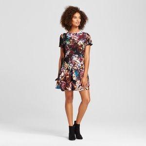 Who What Wear should slit floral dress