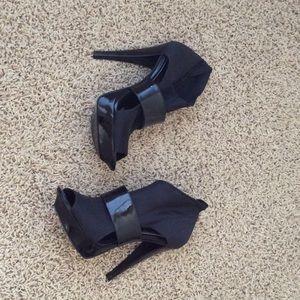 Bebe women's heels size 7