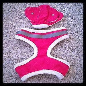 NWOT Hot pink dog harness/hat set