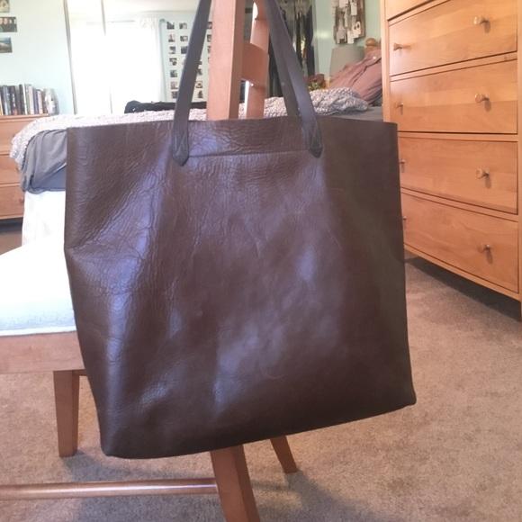 eb370e2096f Madewell Handbags - Madewell Transport Tote (dark cocoa)