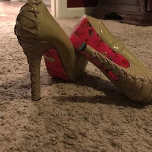 Betsey Johnson patent leather nude corset heels 8