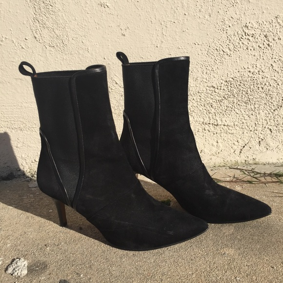 ed12179fe7061 And other stories Shoes - And Other Stories kitten heel suede boots