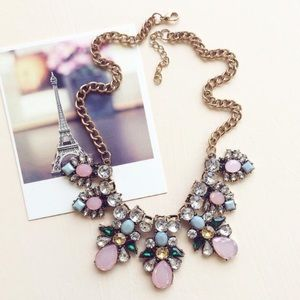 hwl boutique Jewelry - Statement Necklace!