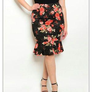 Dresses & Skirts - PLUS floral skirt