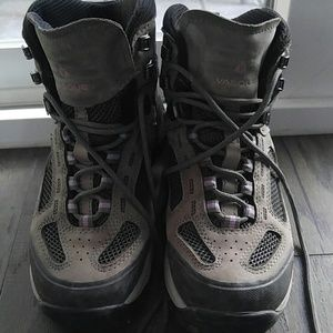 Vasque Shoes - Vasque Breeze 2.0 Mid GTX hiking boots