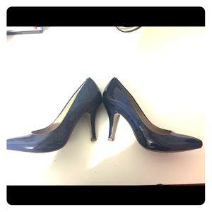 Arturo Chiang Shoes - Arturo Chiang Navy patent leather pumps