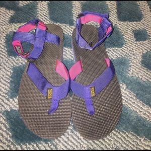 Teva Shoes - Teva Original Sandal 🌴