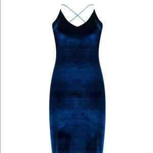 Boohoo Dresses & Skirts - Boohoo Velvet Midi Dress