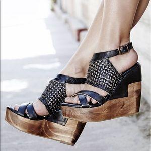 Bed Stu Shoes - 🚨SALE🚨Bed stu wooden wedges