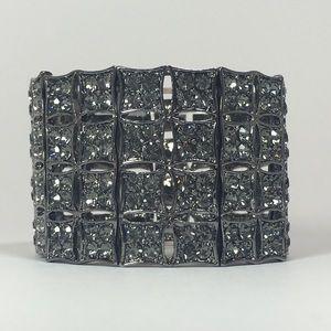 📹Wilshire Bracelet - Grey Tone w/ Grey Crystals