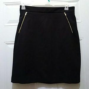 Pencil skirt, gold zipper pocket and back zipper