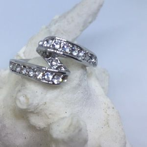 Jewelry - White gold PLATED ring