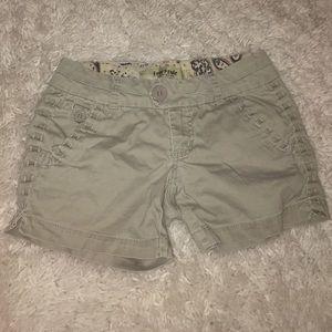 Freestyle Pants - Freestyle Revolution Khaki Shorts