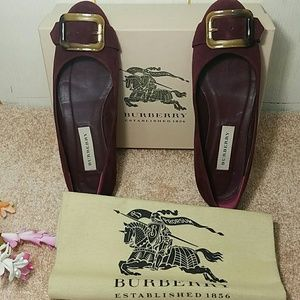 Burberry flats-Authentic ⤵ final price dropped