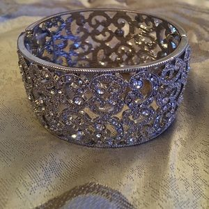 Jewelry - NEW! Diamond Scroll Bangle Bracelet