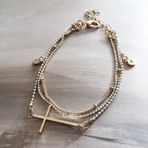 Cultiverre Jewelry - dainty cross bracelet (last one)