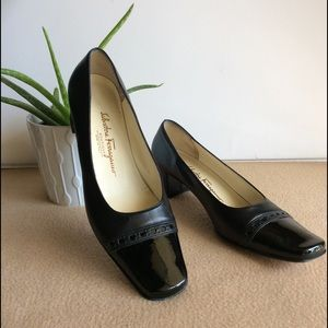 Salvatore Ferragamo Shoes - Salvatore Ferragamo Boutique Black low Heel Shoes