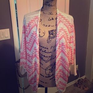 Moa Moa Sweaters - Tribal print wrap