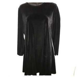 K.C. Spencer Dresses & Skirts - CLEARANCE Vintage Black velvet dress
