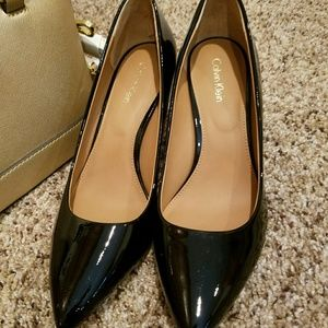 Calvin Klein Black Patent Heel Pumps w/Gold Accent