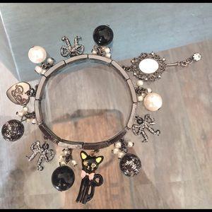 Betsey Johnson Jewelry - 🛍SALE! Betsey Johnson Cat Charm Bracelet