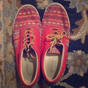 Bucket Feet Shoes - Bucketfeet 'Vermillion' lace up shoes