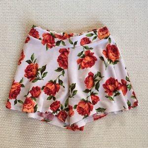 Love Culture Pants - Floral Shorts