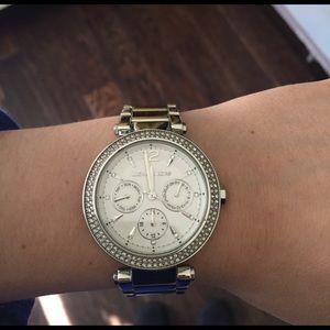 Beautiful Michael Kors Silver Parker watch