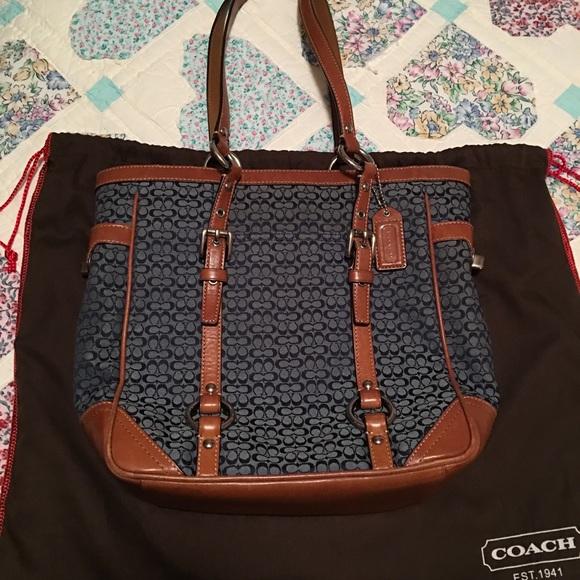 8e6a5f09124e ... promo code for coach handbag with dust bag . firm price 1bb35 c31f6