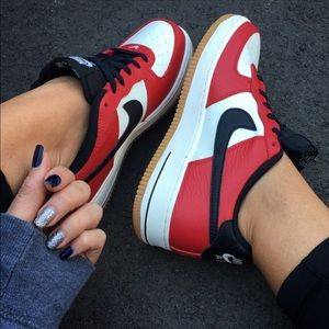 Nike Shoes - EUC 👣 NIKE AIR FORCE ONE SIZE 7y | 8.5 women