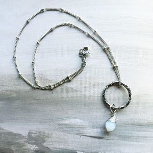 Cultiverre Jewelry - la muse necklace (last one)