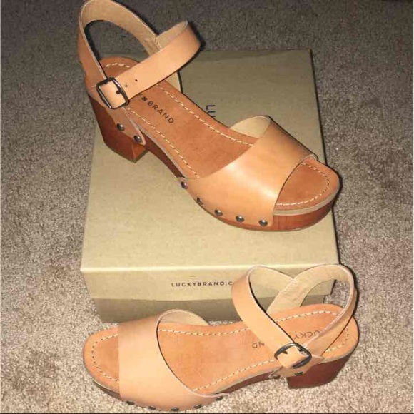 04b356384cc Lucky Brand Hollie Leather Heel Sandal
