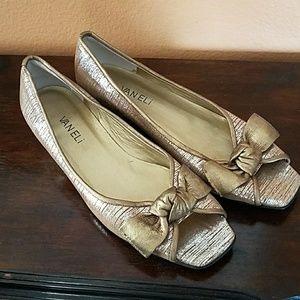 Vaneli Shoes - Van Eli metallic nubuck bow peeptoes