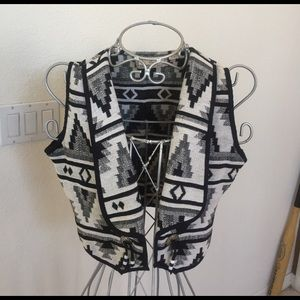 Black and white Southwest vest size small