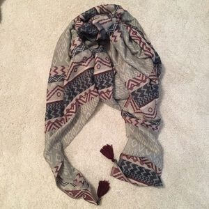 Primark Accessories - NWOT Aztec pattern scarf