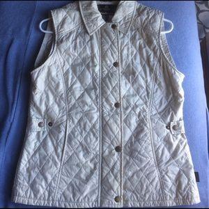 Barbour Jackets & Blazers - 🎀Barbour Quilted Vest 🎀