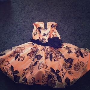 Toddler Dress/ 3T