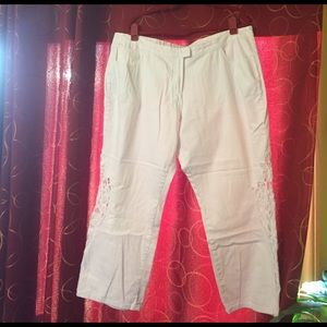 denim 24/7 Denim - NWOT white 24/7 denim jeans w/lace on legs size 24